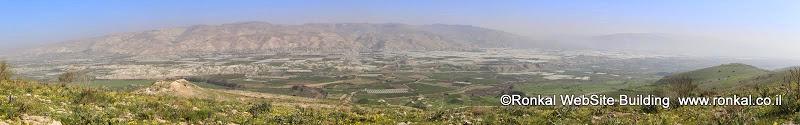טיול לנחל פיראן נחל תלכיד בבקעת הירדן