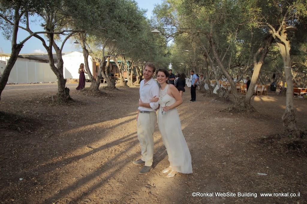 מזל טוב שחר ויוראי רון מתחתנים